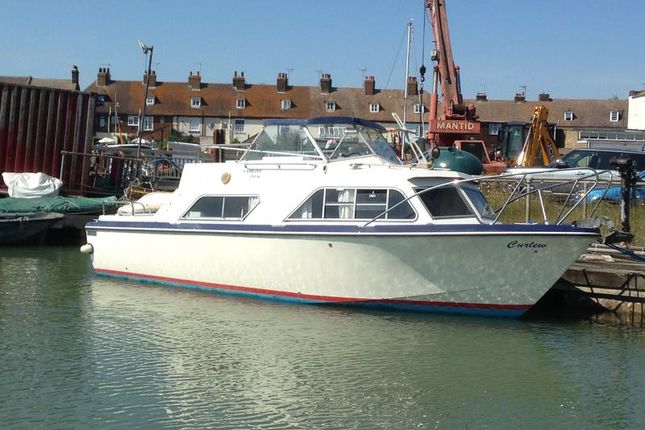 Vicarage Lane, Whitton Marine, Hoo, Rochester ME3