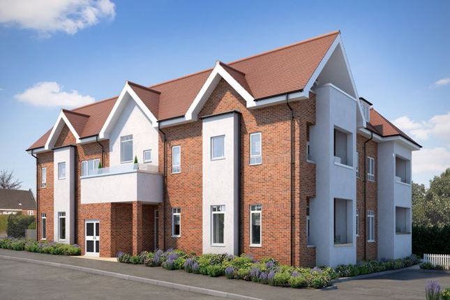 Thumbnail Flat for sale in Russell Hill, West Purley