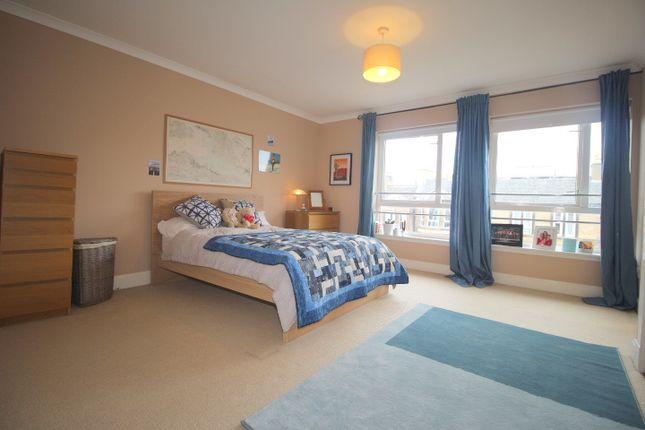 Thumbnail Flat to rent in Mcdonald Road, Bellevue, Edinburgh