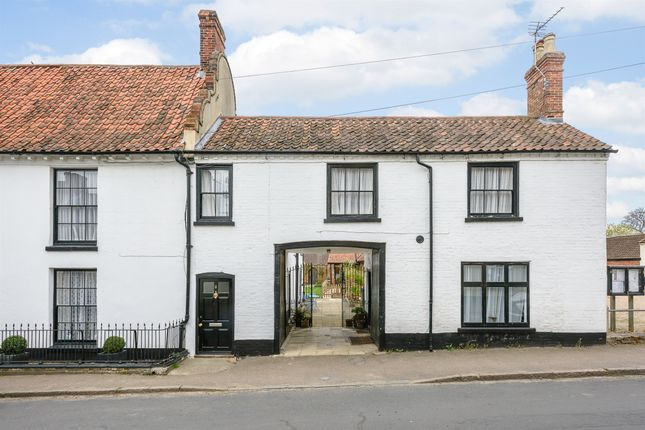 Thumbnail Town house for sale in High Street & Lathams, Cawston, Norwich