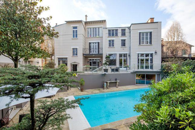 Thumbnail Property for sale in Asnières-Sur-Seine, Paris, France