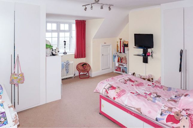 Bedroom of Oxton Hill, Southwell NG25