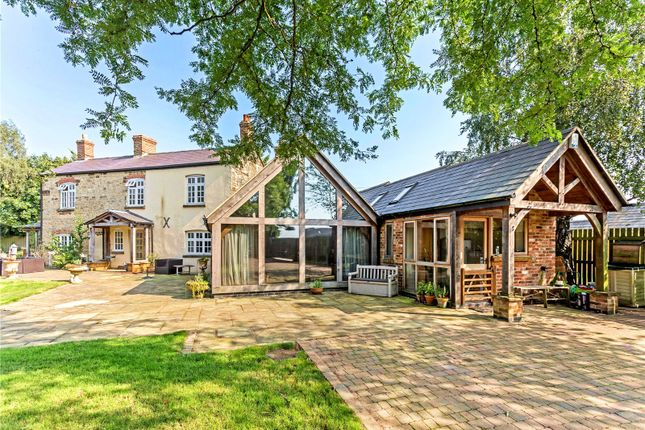 Thumbnail Detached house for sale in Woodford Halse, Northamptonshire