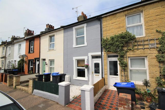 2 bed property to rent in The Linkway, Howard Street, Worthing BN11