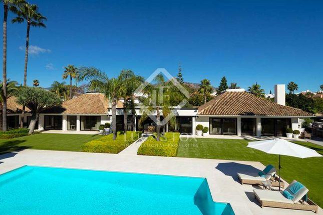 Thumbnail Villa for sale in Spain, Costa Del Sol, Marbella, Nueva Andalucía, Mrb19244