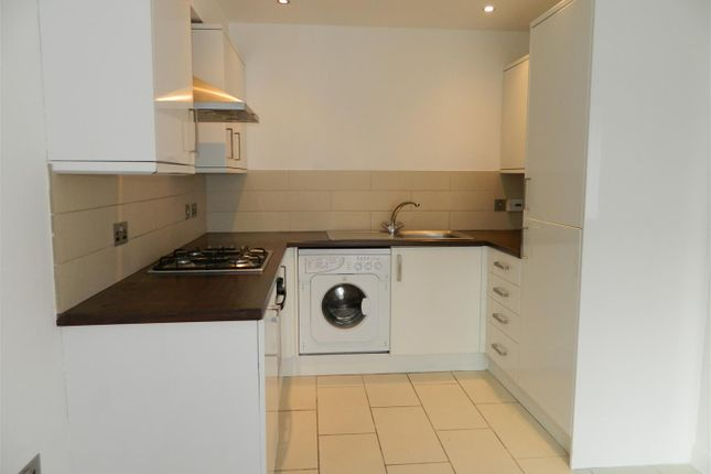 Thumbnail Terraced house to rent in Dunworth Street, Rusholme, Manchester