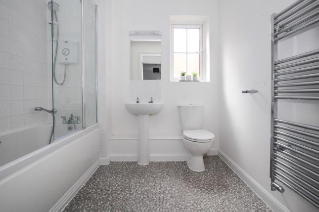 Bathroom of Design Drive, Dunstable, Bedfordshire LU6