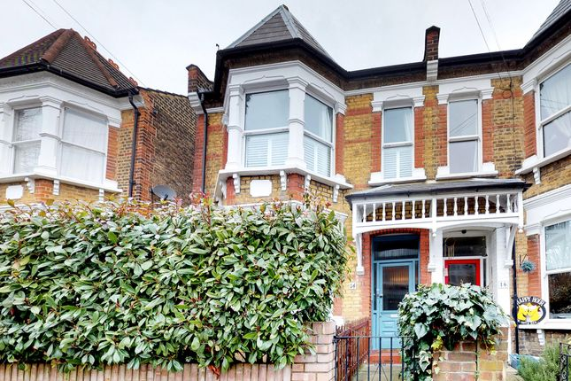 Thumbnail Flat for sale in Windsor Road, Palmers Green