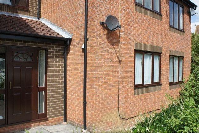 Thumbnail Flat to rent in Gabriel Close, Browns Wood, Browns Wood, Milton Keynes, Buckinghamshire