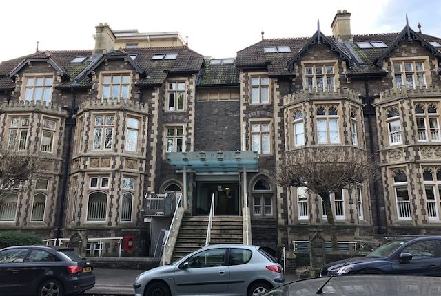 Thumbnail Flat to rent in Elmdale Road, Clifton