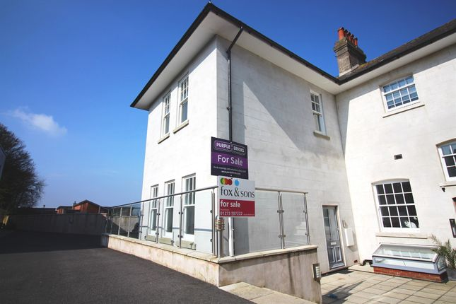 3 bed property for sale in Union Close, Newhaven