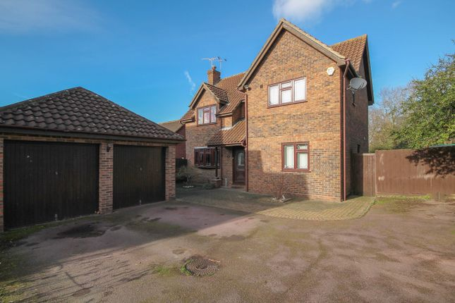 4 bed detached house for sale in Great Leighs Way, Burnt Mills, Basildon