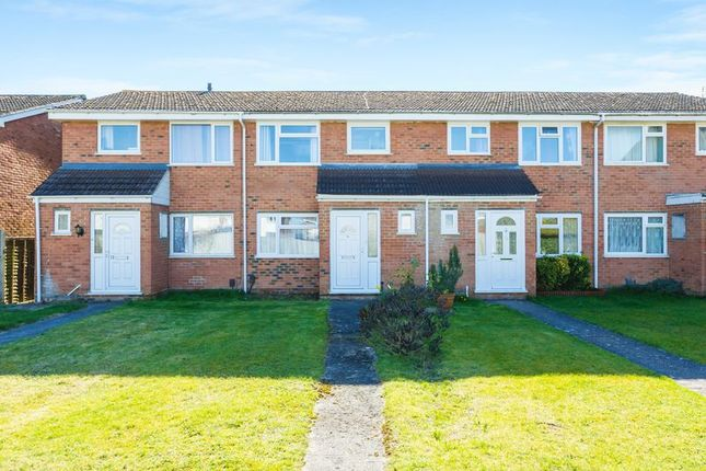 Thumbnail Terraced house for sale in Woodhill Drive, Grove, Wantage