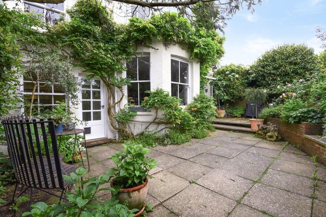 Thumbnail Cottage to rent in Church Lane, Frant, Tunbridge Wells