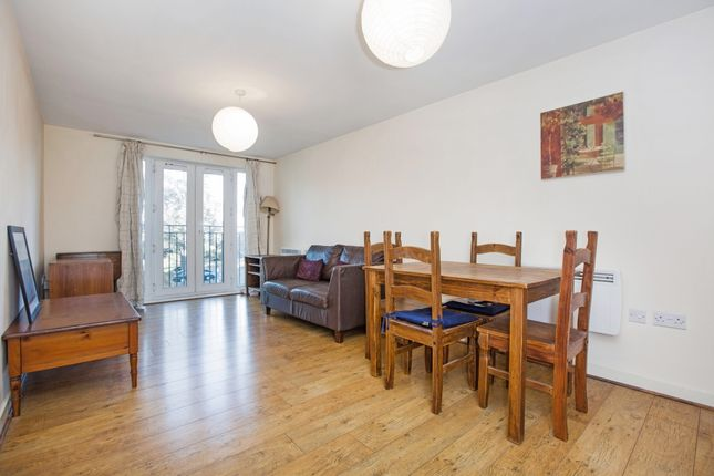 Thumbnail Flat to rent in Grenfell Road, Maidenhead
