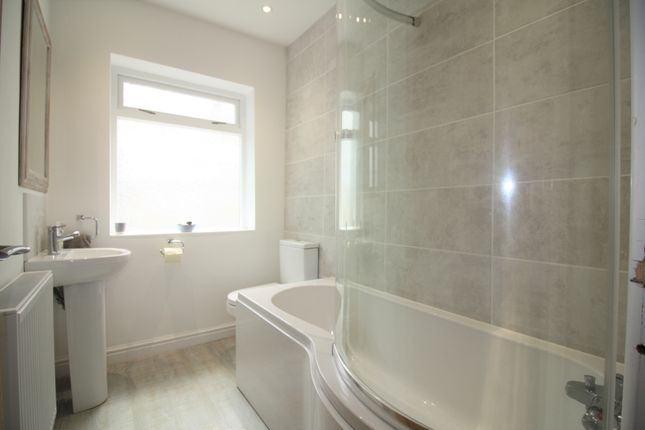Family Bathroom of Stoke Road, Noss Mayo, South Devon PL8