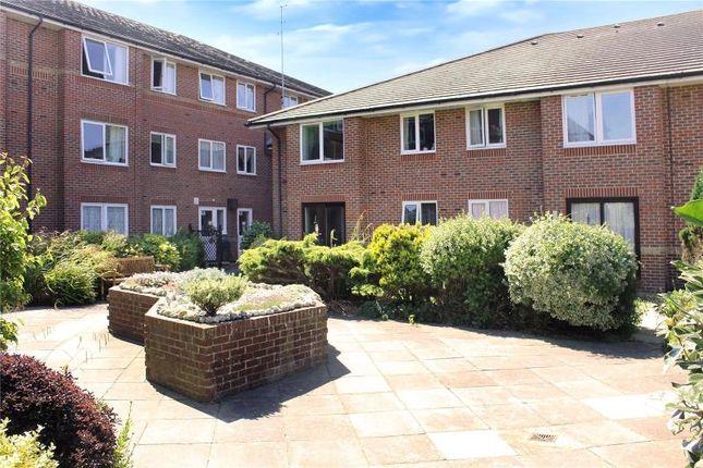 Thumbnail Property to rent in Irvine Road, Littlehampton