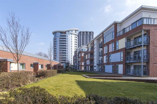 Thumbnail Flat for sale in Broadweir, Cabot Circus, Bristol