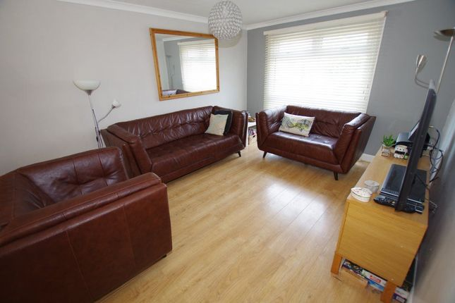 Thumbnail Property to rent in Bankside, Swindon
