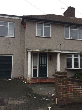 Thumbnail Terraced house to rent in St Georges Road, Dagenham