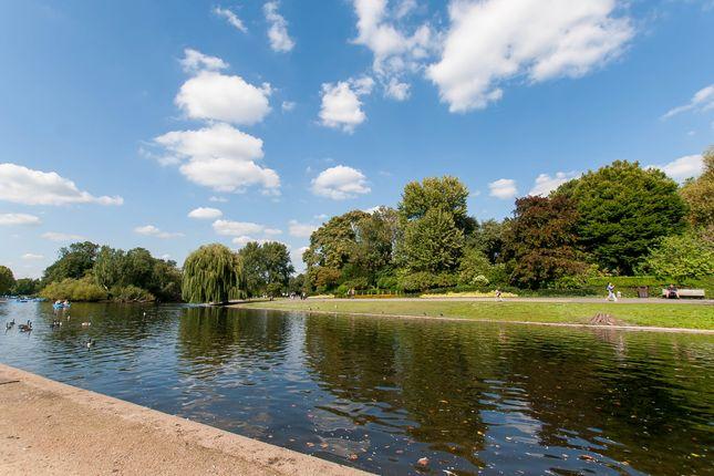 Regent's Park  of Lilestone Street, Lisson Grove, Central London NW8