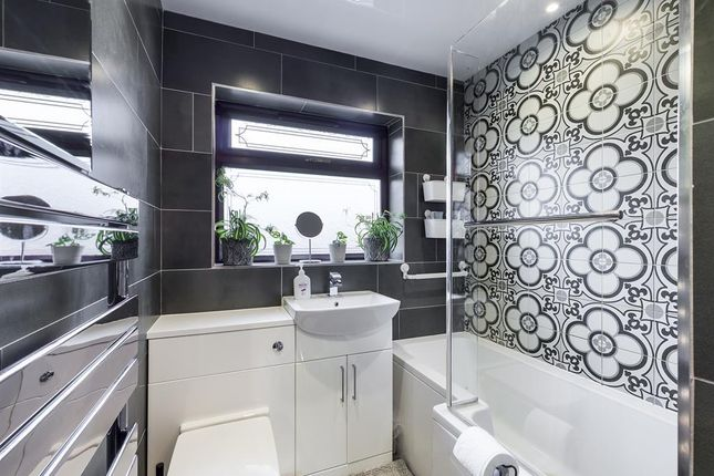 Family Bathroom of Tansey Close, Bucknall, Stoke-On-Trent ST2