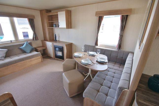 Lounge of Ty Mawr, Towyn LL22
