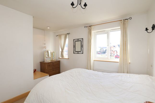 Bedroom 1 of Jordanthorpe Green, Sheffield S8