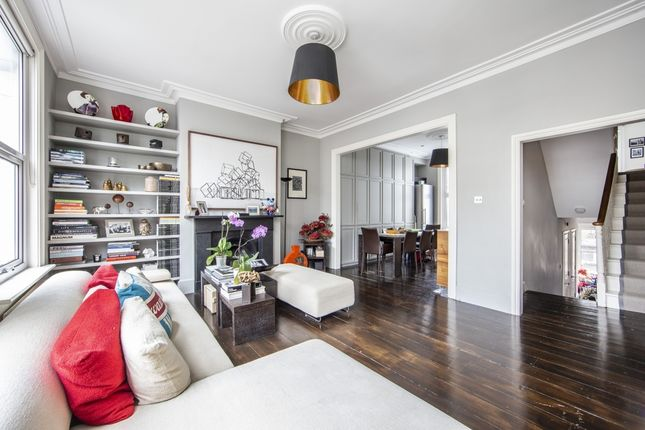 Thumbnail Flat for sale in Hammersmith Grove, London
