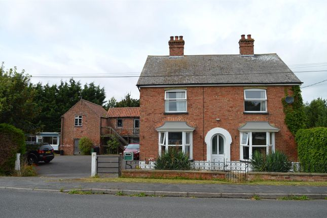 4 bed detached house for sale in Tattershall Bridge Road, Tattershall Bridge, Lincoln