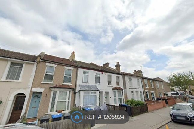 Thumbnail Terraced house to rent in Cobden Road, London