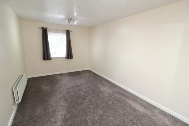 Img_6345 of Pipers Court, Beanfield Avenue, Finham CV3