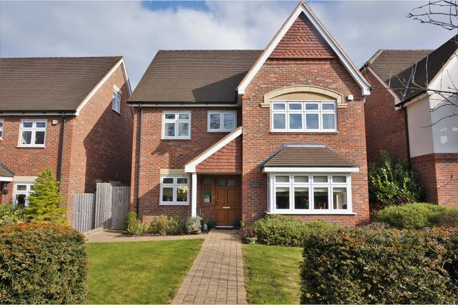 Thumbnail Detached house for sale in Outwood Lane, Coulsdon