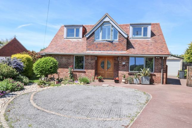 Thumbnail Detached house for sale in Lime Grove, Hayling Island