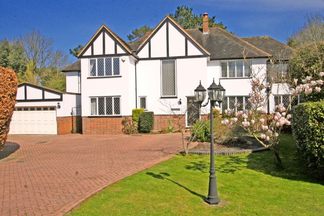 Thumbnail Detached house to rent in Oakwood Close, Chislehurst