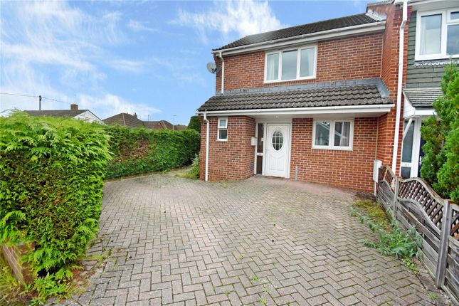 2 bed terraced house to rent in Coopers Crescent, Thatcham, Berkshire RG18