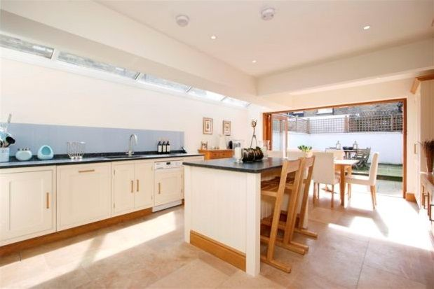Thumbnail Property to rent in St Dionis Road, Fulham