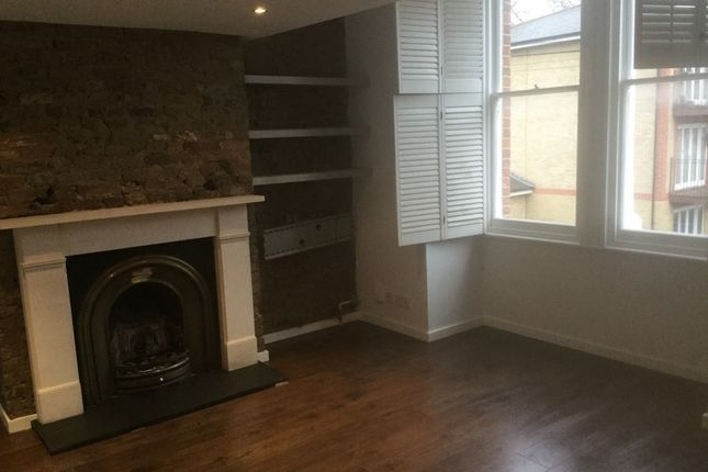 3 bed terraced house to rent in St. Alphonsus Road, London