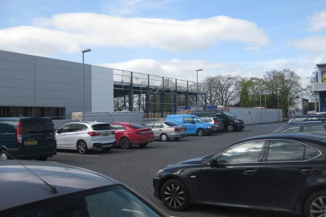 Thumbnail Retail premises to let in Retail Warehousing Development, Swindon, Wiltshire