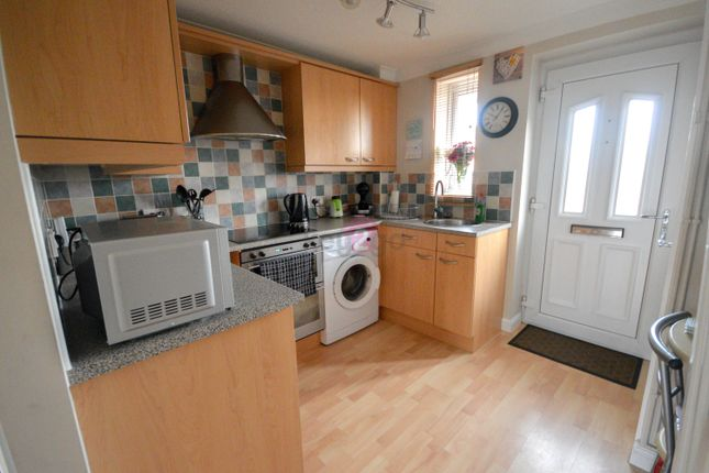 1 bed town house to rent in Hall Meadow Croft, Halfway, Sheffield S20