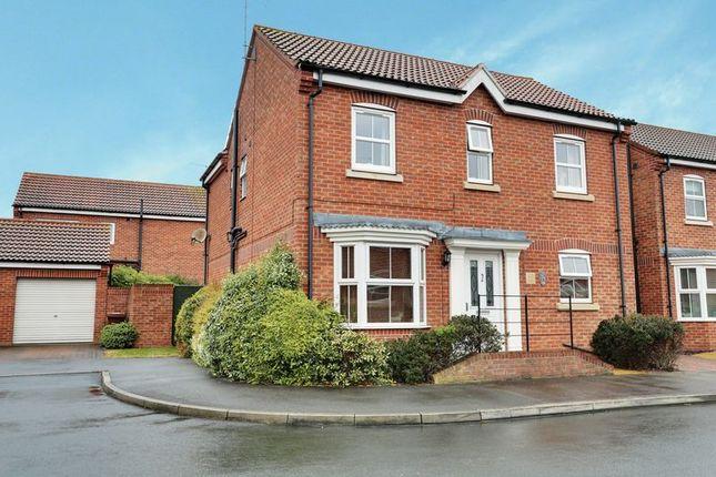 Thumbnail Detached house for sale in Gilderidge Park, Kingswood, Hull