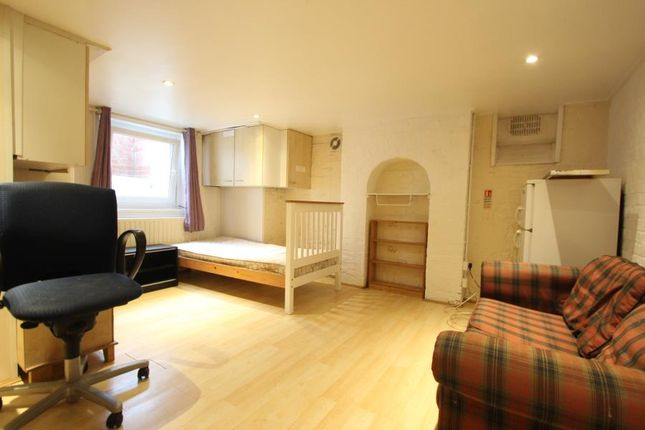 Thumbnail Room to rent in Campbell Road, Maidstone