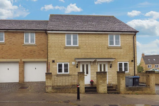 Thumbnail Semi-detached house to rent in Park View Road, Witney, Oxfordshire
