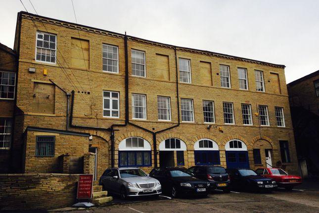 Office to let in Salem Street, Bradford
