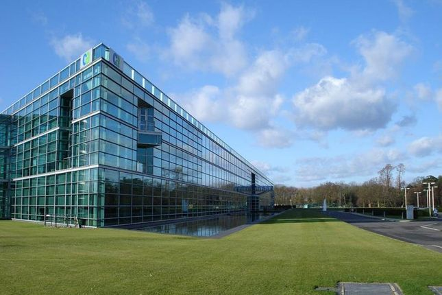 Thumbnail Office to let in Ditton Park, Riding Court Lane, Slough, Berkshire