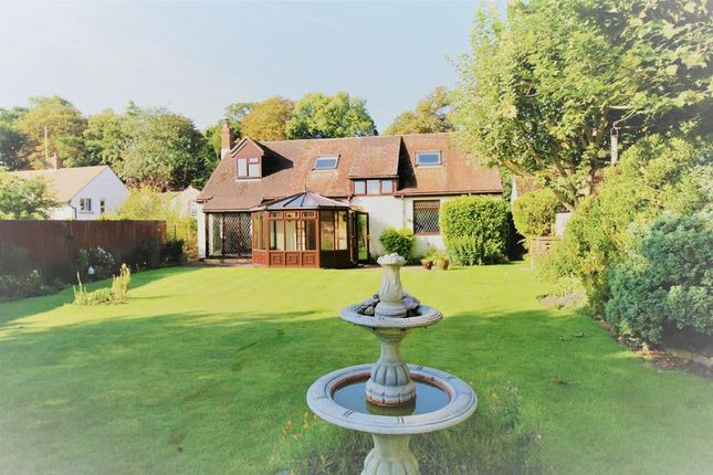 Thumbnail Detached house for sale in Thame Road, Long Crendon, Aylesbury
