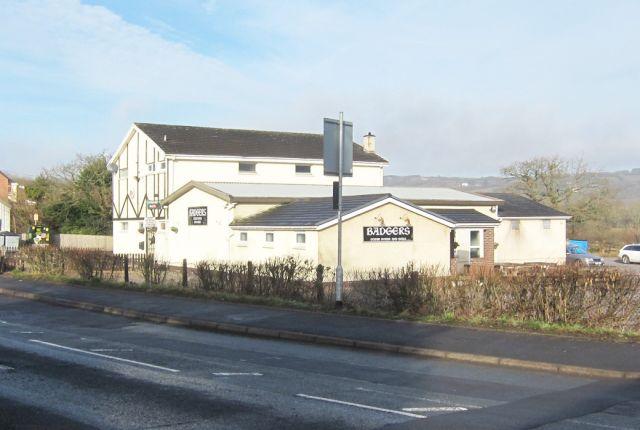 Thumbnail Pub/bar to let in Ammanford, Carmarthenshire
