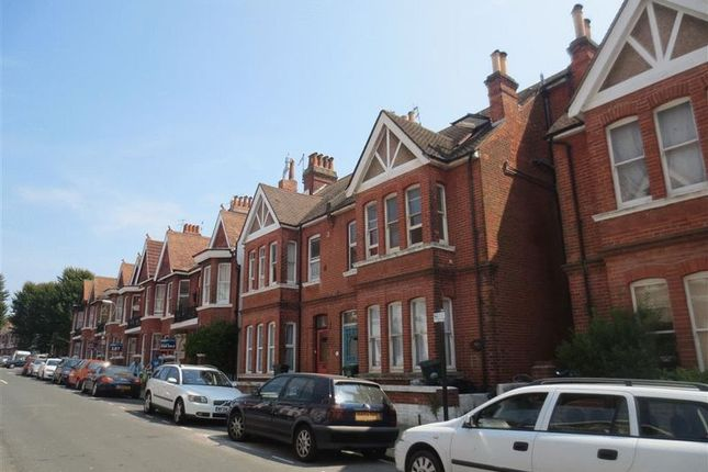 Thumbnail Maisonette to rent in Granville Road, Hove
