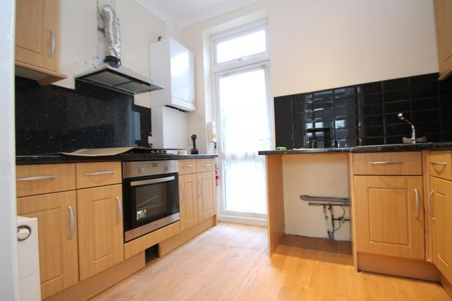 Thumbnail Flat to rent in Cann Hall Road, Wanstead