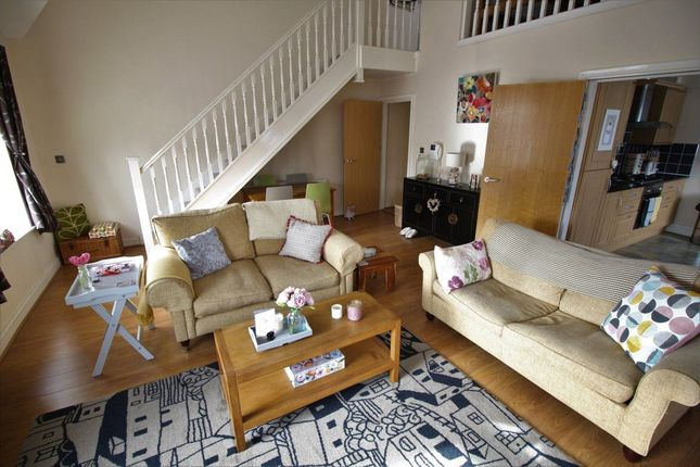 Thumbnail Flat to rent in Millersdale Road, Mossley Hill, Liverpool